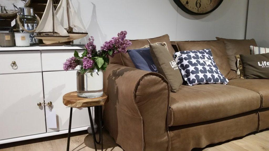 Ozdoby narożniki sofy i fotele salon meblowy Mebest zdjęcie nr 4