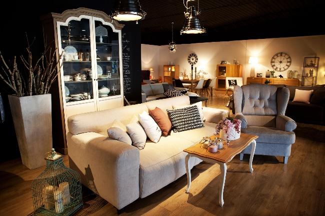 Salon meblowy Mebest Poznan, Meble do salonu jaką sofę wybrać 3