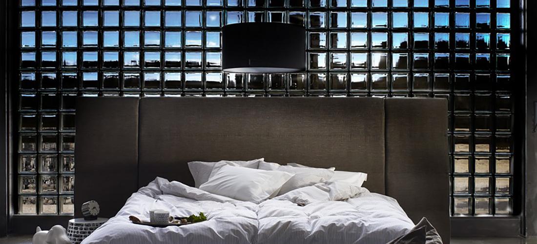 MTI-Furninova łóżko Noir