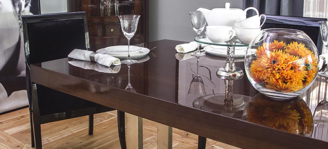 Jafra stół Pinot