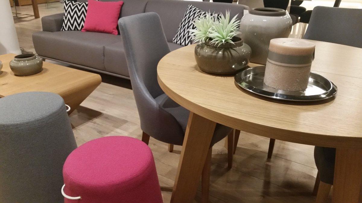sto y i krzes a mebest salon meblowy pozna. Black Bedroom Furniture Sets. Home Design Ideas