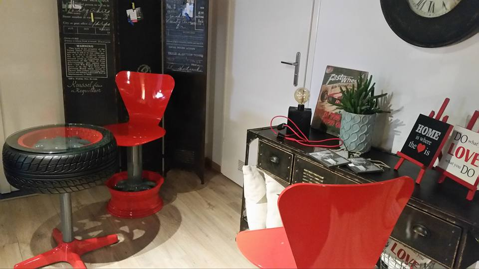 salon-meblowy-mebest-poznan-stylowe-meble-inspirowane-motoryzacja