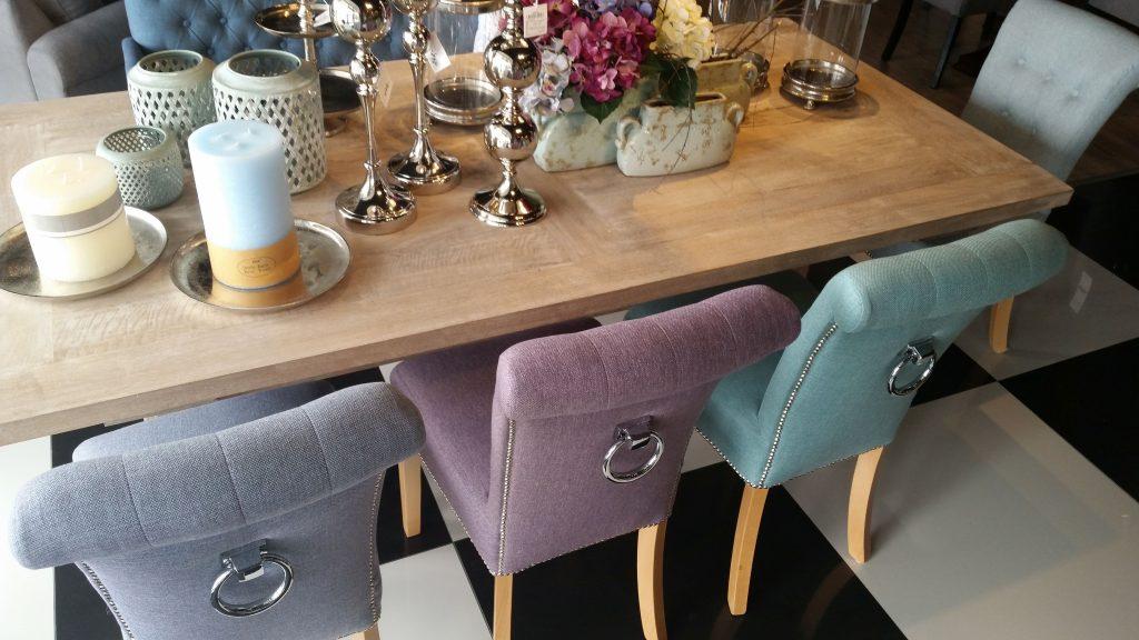 Salon meblowy Mebest Poznań, Krzesła tapicerowane wnieś trochę komfortu do wnętrza 2