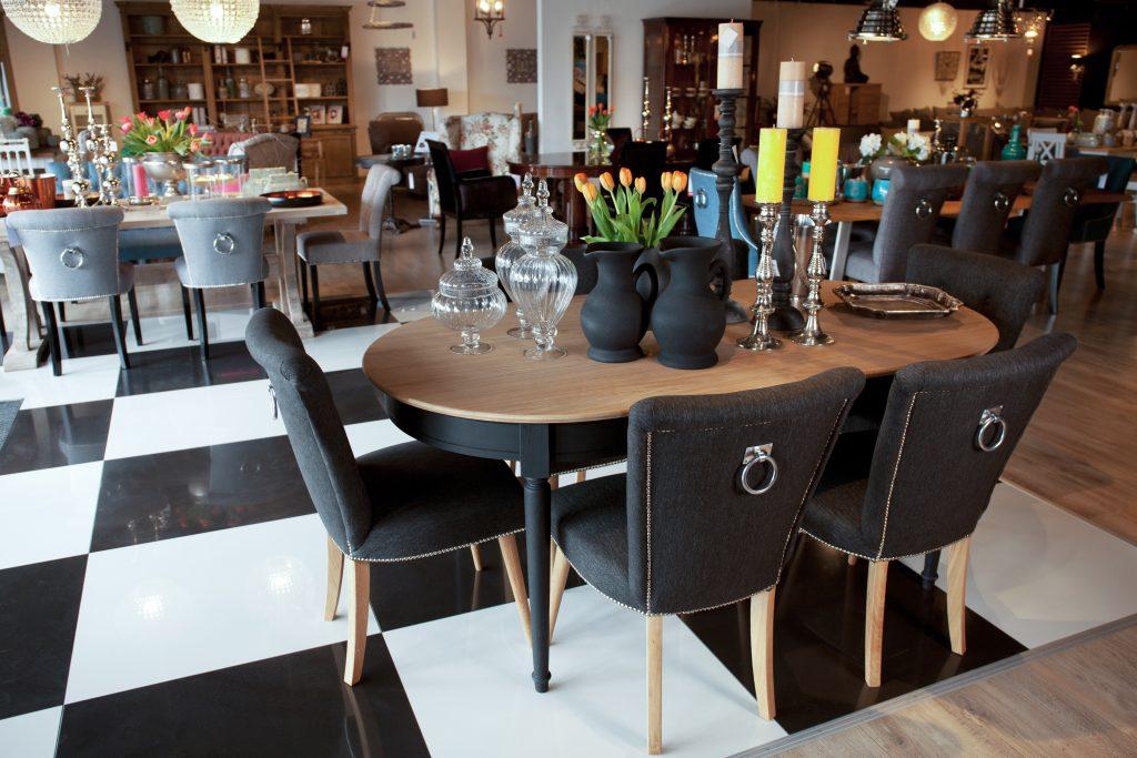Salon meblowy Mebest Poznań, Krzesła tapicerowane wnieś trochę komfortu do wnętrza 3