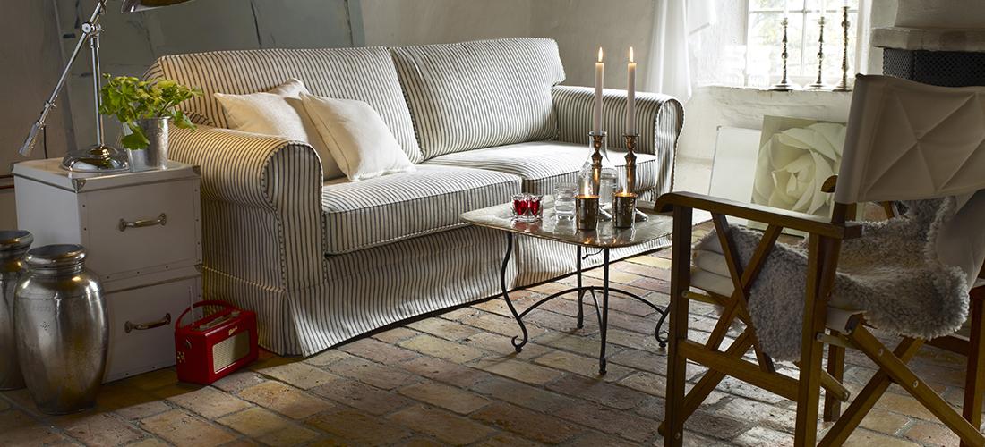MTI-Furninova sofa Chicago