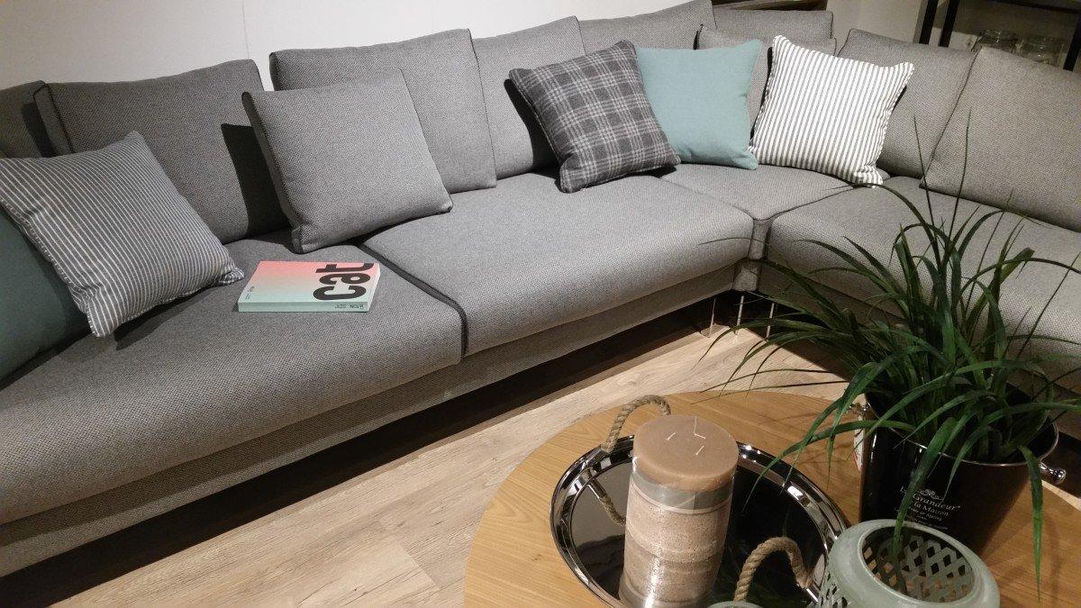Pokój dzienny narożniki sofy i fotele salon meblowy Mebest zdjęcie nr 15