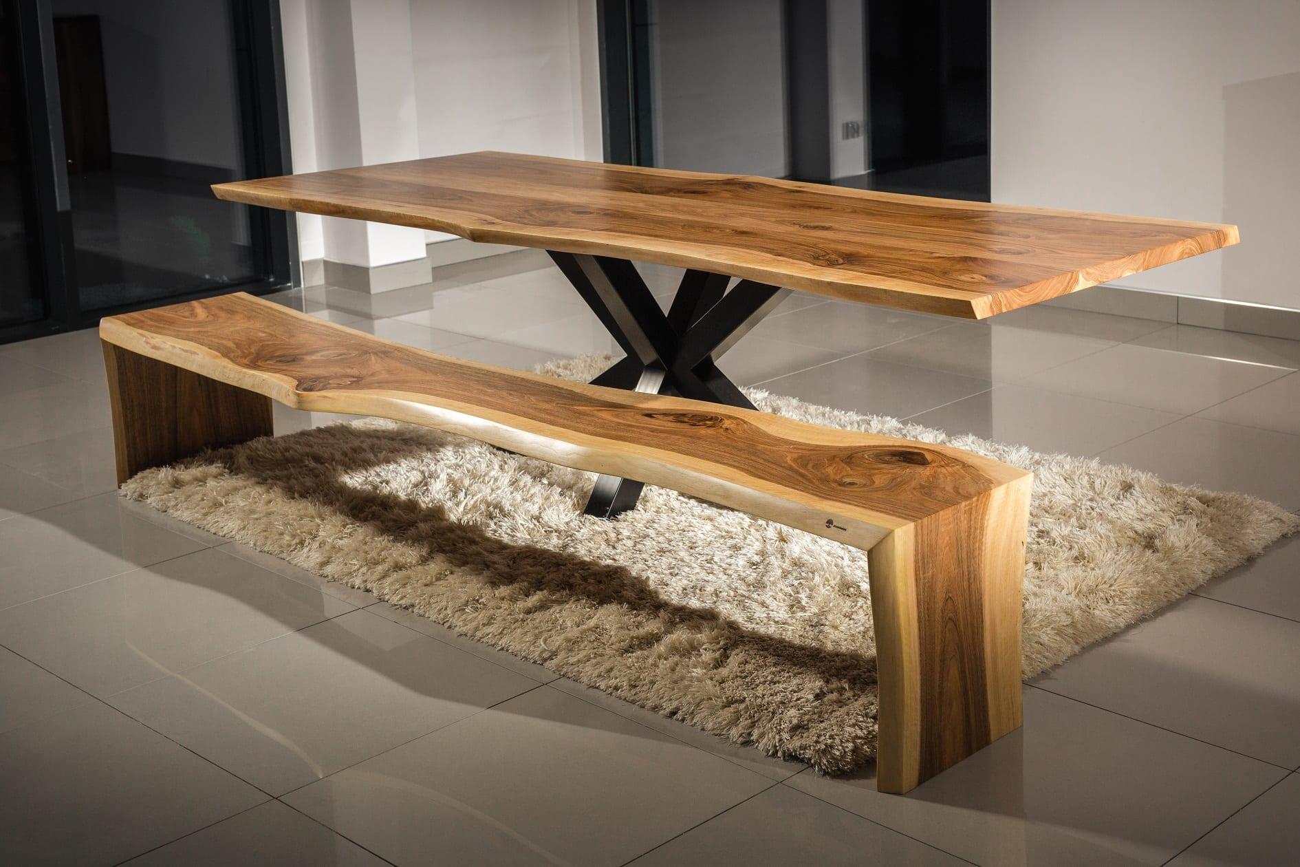 Salon meblowy Mebest Poznan, meble Drewbetex stol Heavy z drewna orzechowego